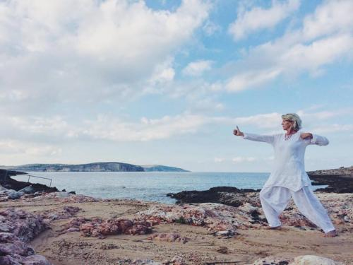 Jocelyn Drujon: Kundalini teacher and retreat host